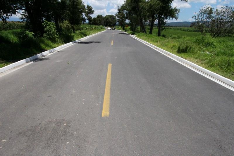 El mejoramiento a la infraestructura carretera en Tlaxcala es una realidad, resultado de la orientación de recursos públicos por parte del gobierno de Mariano González Zarur, que se traduce en beneficios reales para la población de toda la entidad