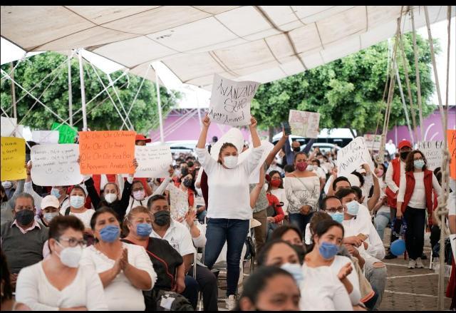 La candidta recibió el apoyo de trabajadores de la salud  e integrantes de la red BAL. Imágenes CMR